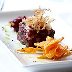Tartare de Canguro - Chef Australiano Thomas Heinrich (www.bestrestaurants.com.au)